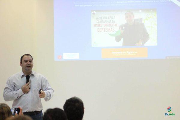 NJE realiza Palestra de Marketing Digital em parceria com Studio Silver e Makrosys