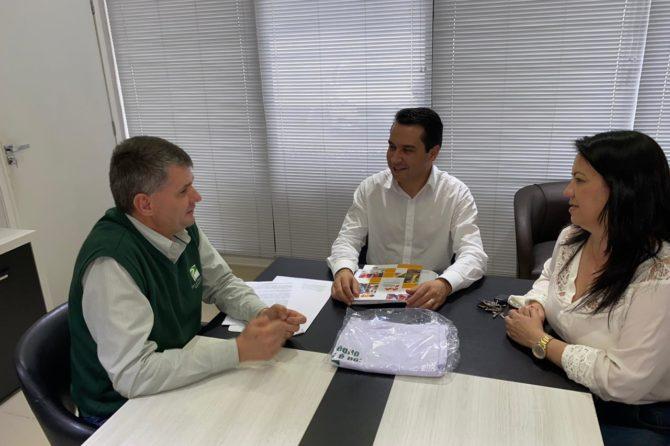 Presidente da ACIC recebe gerente executivo do Banco do Planalto Norte